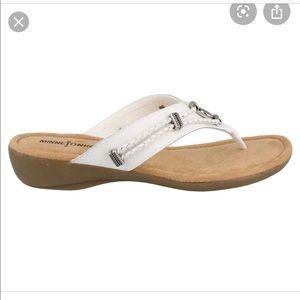 Women's Minnetonka silverthorne sandal
